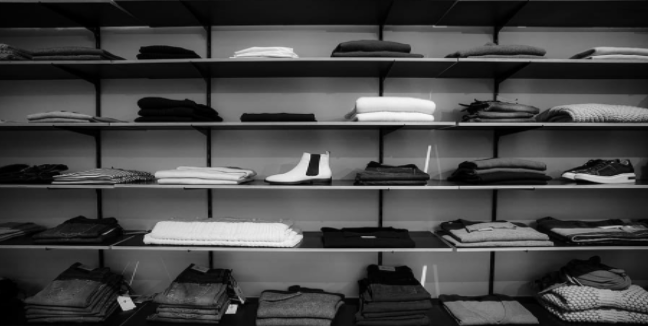 Arranging drawers