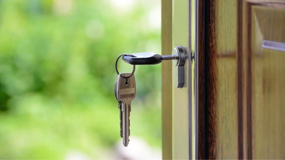 a close up a key in a door